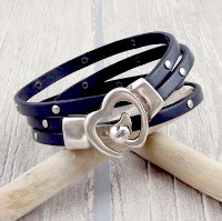 Tutoriel bracelet cuir gris clous fermoir coeur argent